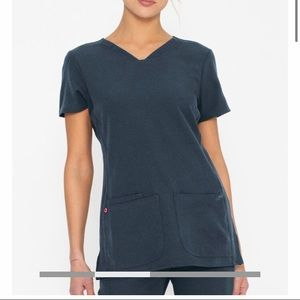 Heartsoul scrub top v-neck